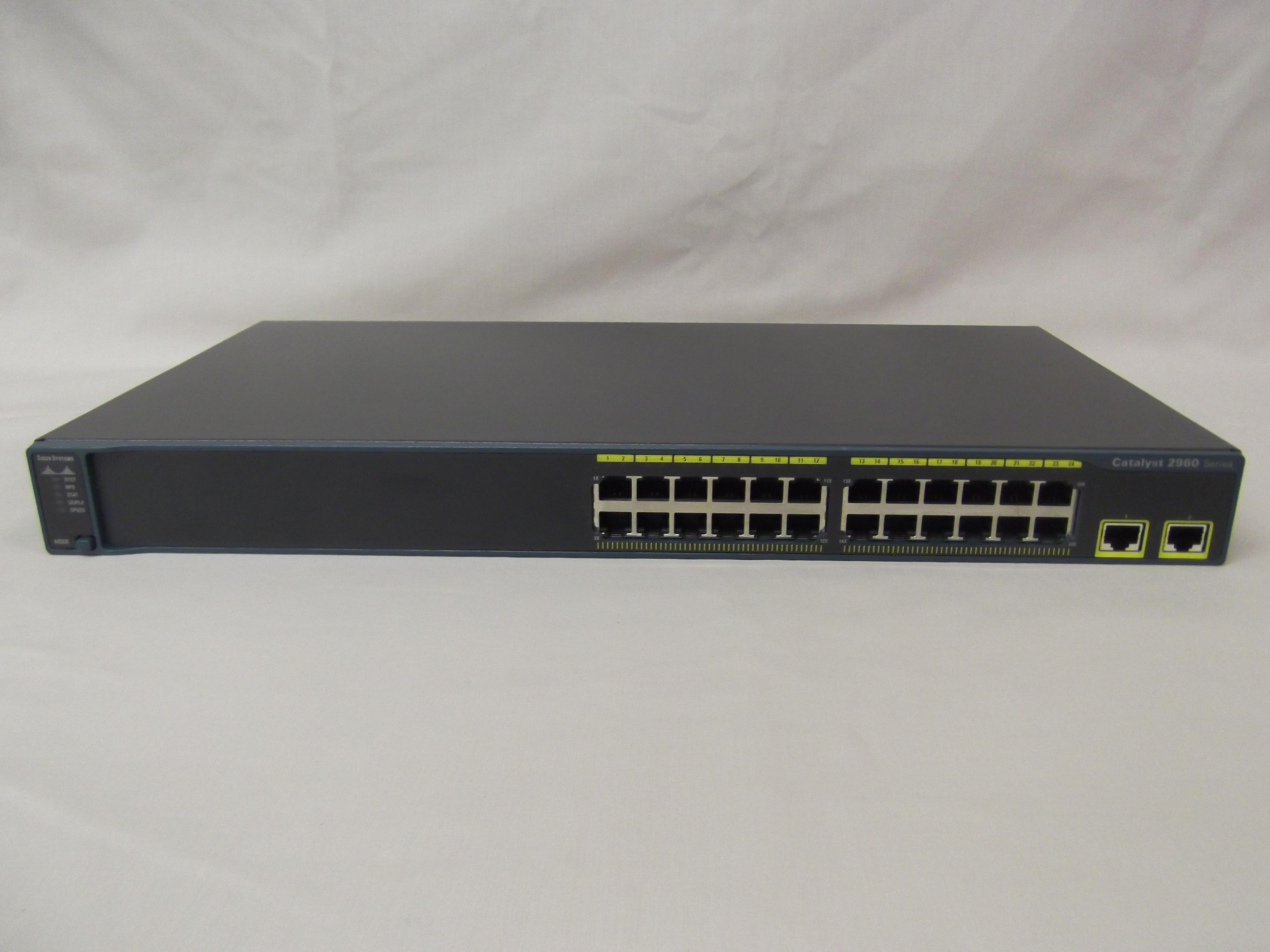 Cisco ws-c2960-24tt-l catalyst 2960 series switch / Watch power